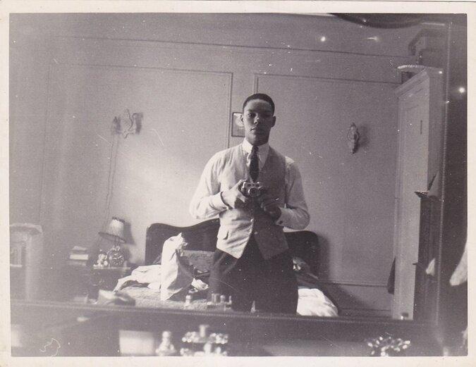 Colin Powell selfie